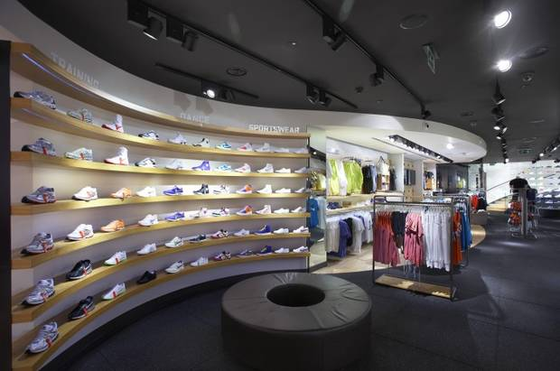 flagship store nike