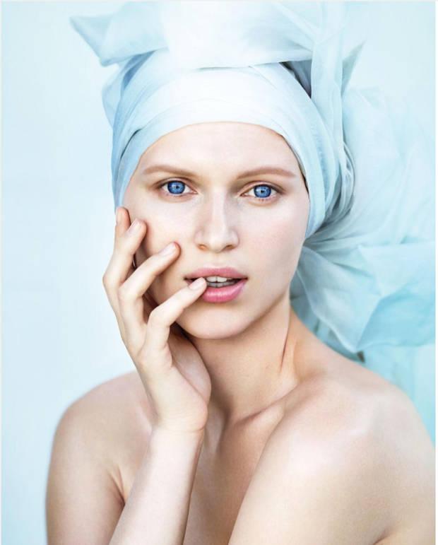 bounce-creams-exito-cosmetico-oriente chica - vanidad - 1