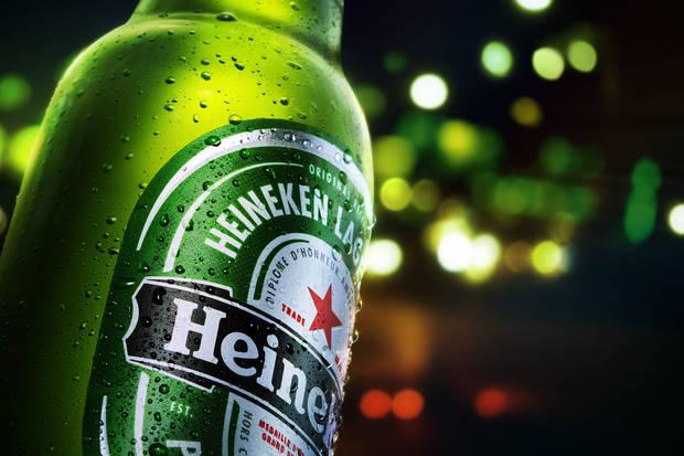 cerveza terraza heineken