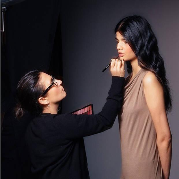 maquillaje-mujer-industria bobbi brown - vanidad - 4