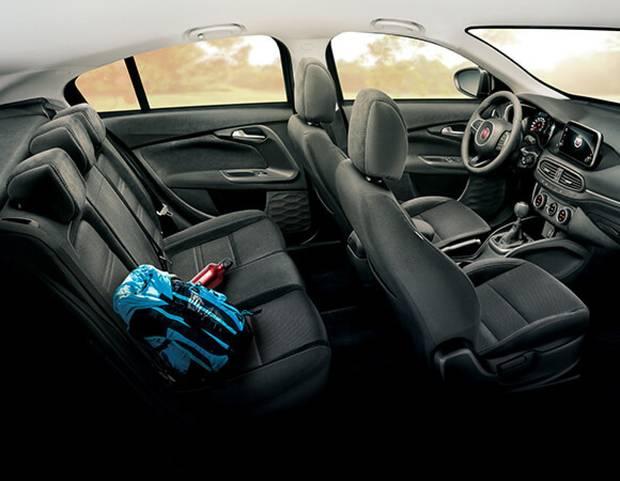 Interior Fiat Tipo 02