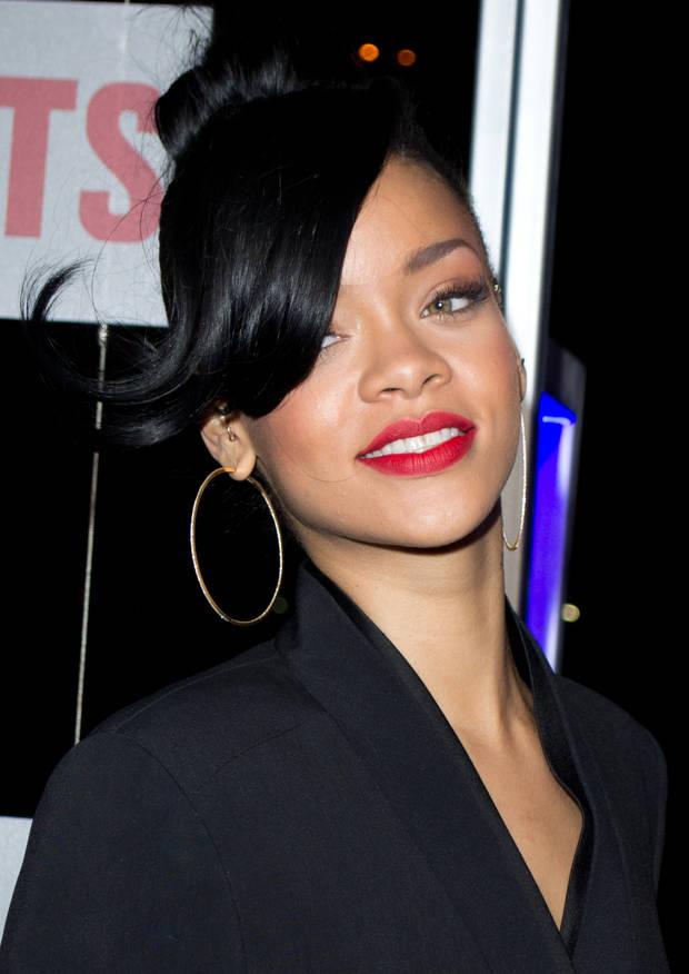 Kim Kardashian Rihanna