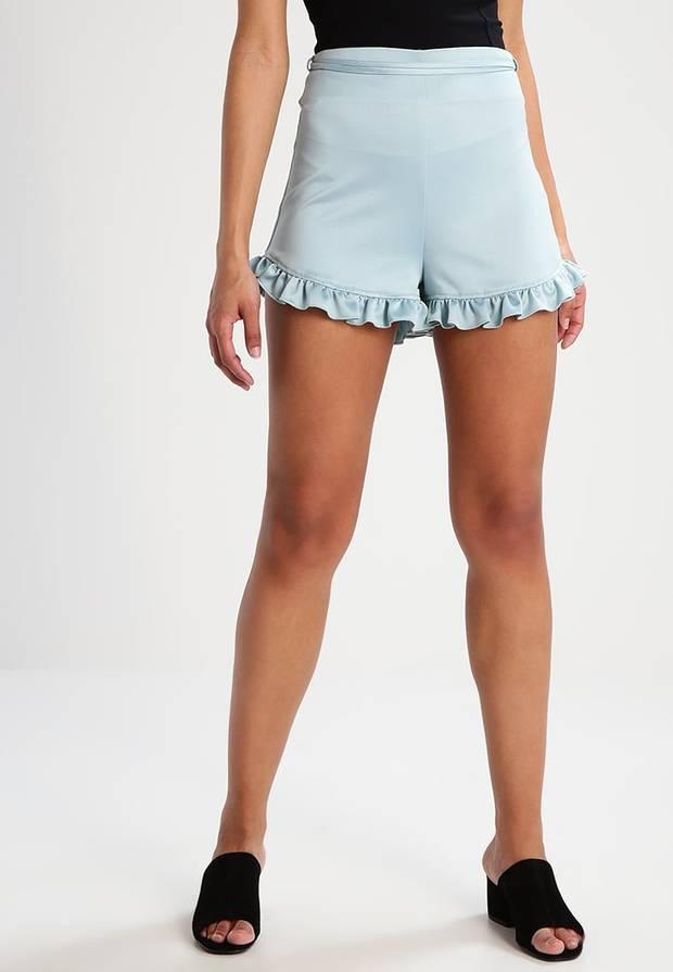 Shorts con volante Zalando