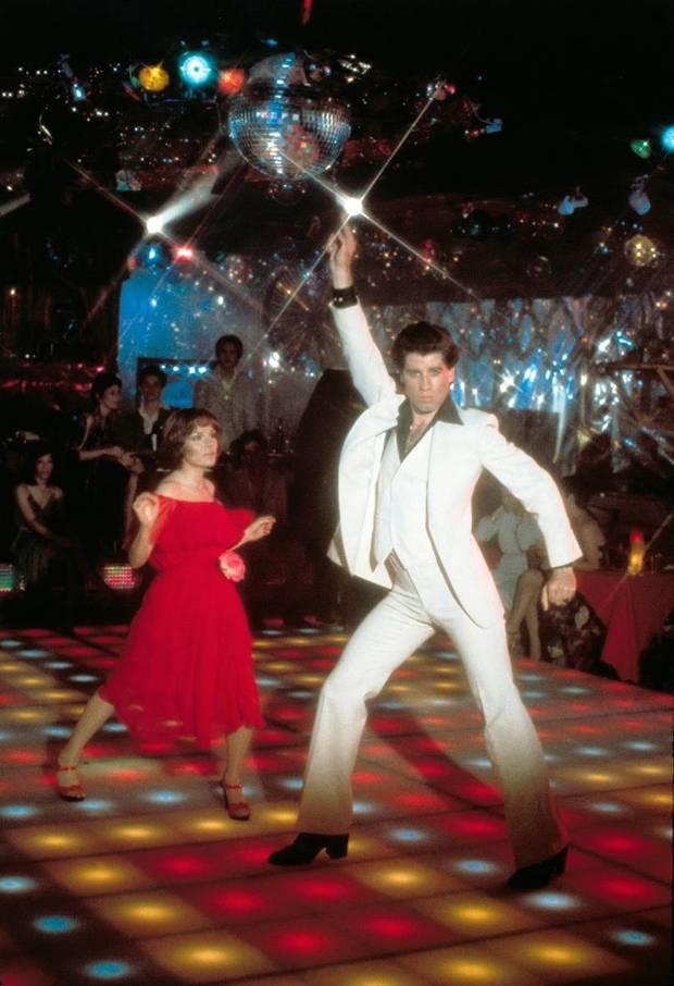 Bailes Fiebre del sabado noche