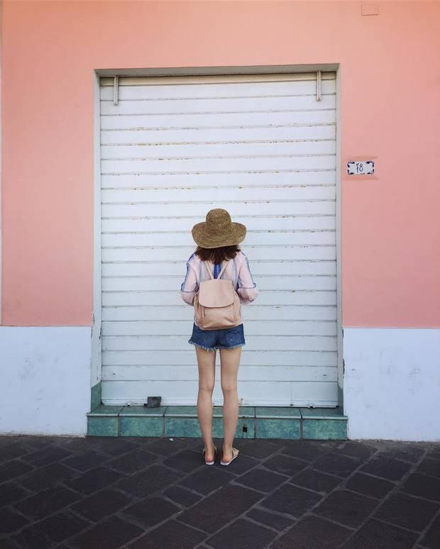 lily-collins-vacaciones