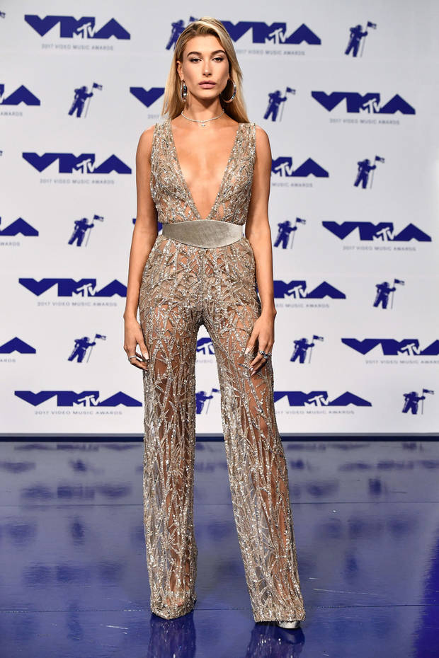 VMAS_Hailey Baldwin