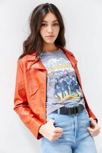 camiseta groupies Urban Outfitters