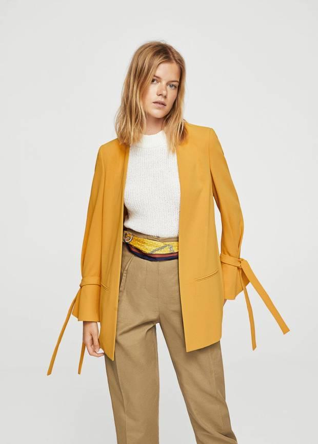 Colores amarillo Mango