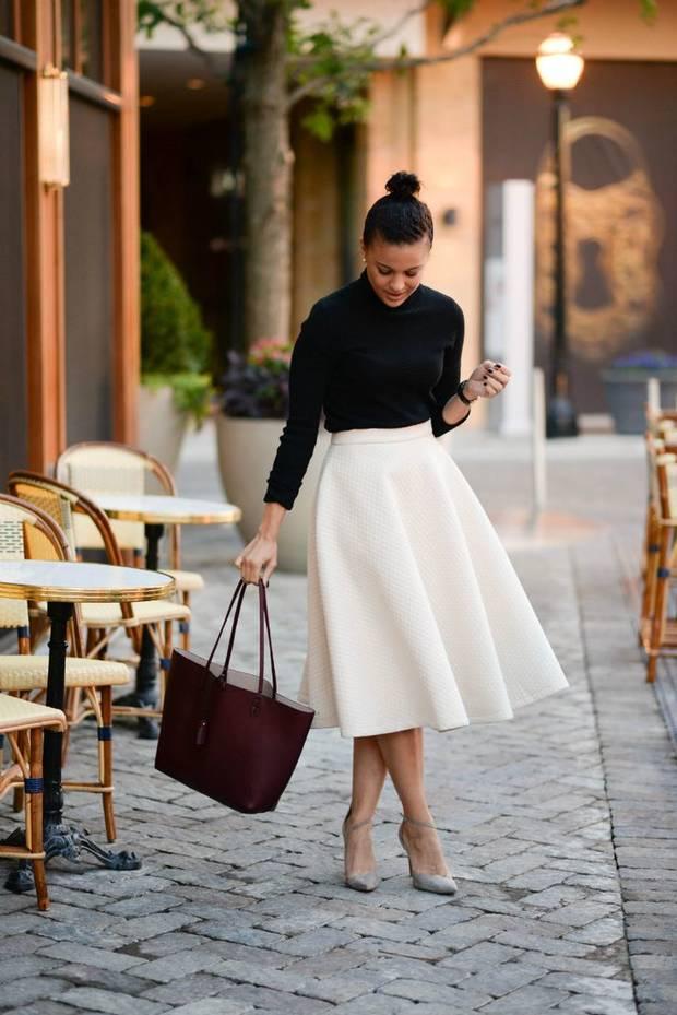 falda blanca midi estilo