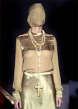 religion y moda Davidelfin