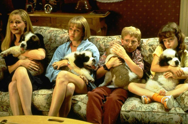 """Fotograma de la película """"Beethoven: Uno más de la familia"""" (1992)"""