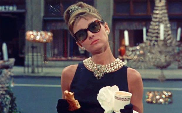 """Fotograma de la película """"Desayuno con diamantes"""" (1961)"""