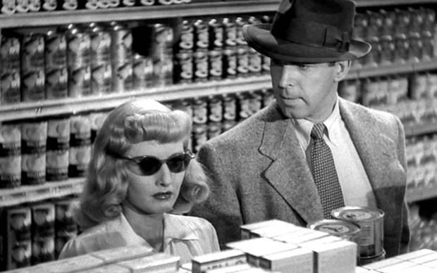 """Fotograma de la película """"Perdición"""" (1944)"""