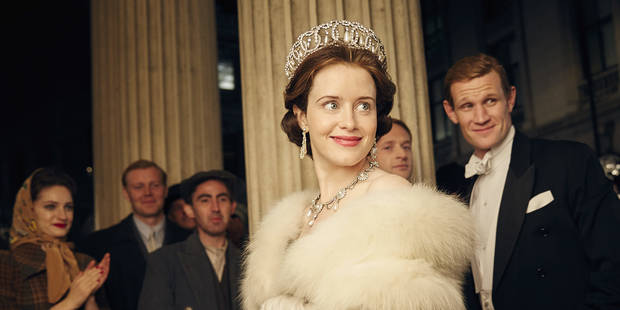 series the crown estilismo 1