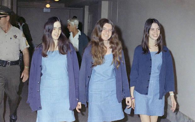 Susan Atkins, Patricia Krenwinkle y Leslie van Houton, integrantes de la Familia Manson y responsables del homicidio de Tate