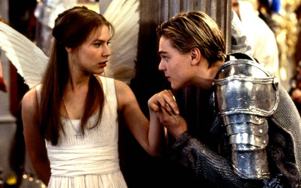"Fotograma de la película ""Romeo + Julieta"" (1996)"