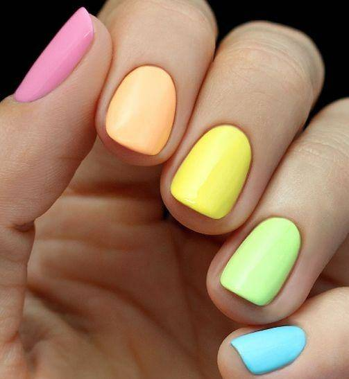 manicura Multicolor - Vanidad - 1