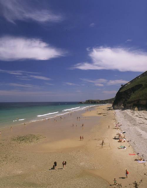 modo-surf-3-mecas-este-deporte-espana-playa-san-antolin-llanes-asturias