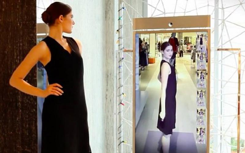 El espejo inteligente de Amazon y otros inventos que la moda no esperaba - image amazon-vanidad on https://www.vanidad.es