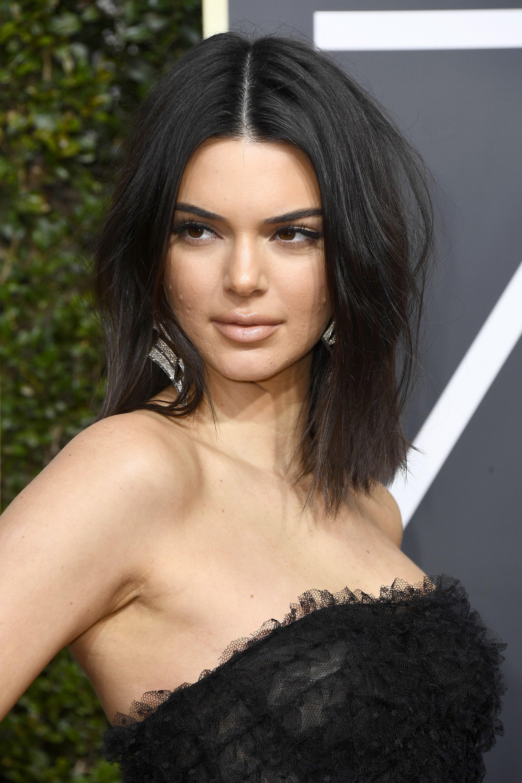 Las famosas también tienen acné, ¿y qué? - image jenner-vanidad on https://www.vanidad.es