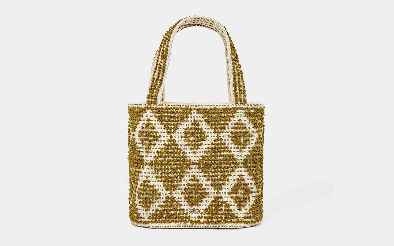 10 bolsos de invitada también para diario - image bolso-uterque on https://www.vanidad.es