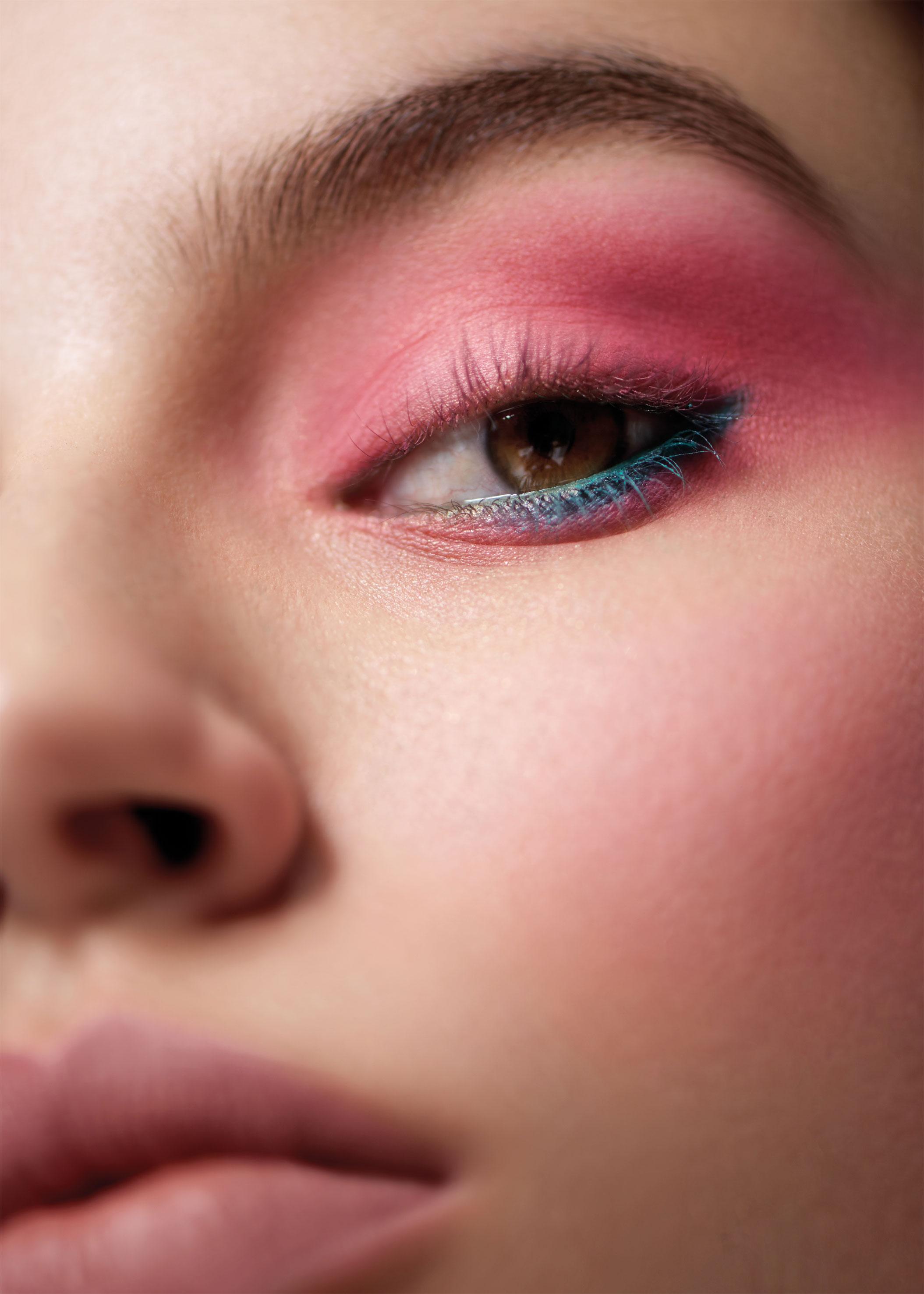 Beauty Shooting: El verano napolitano de Chanel - image 2 on https://www.vanidad.es