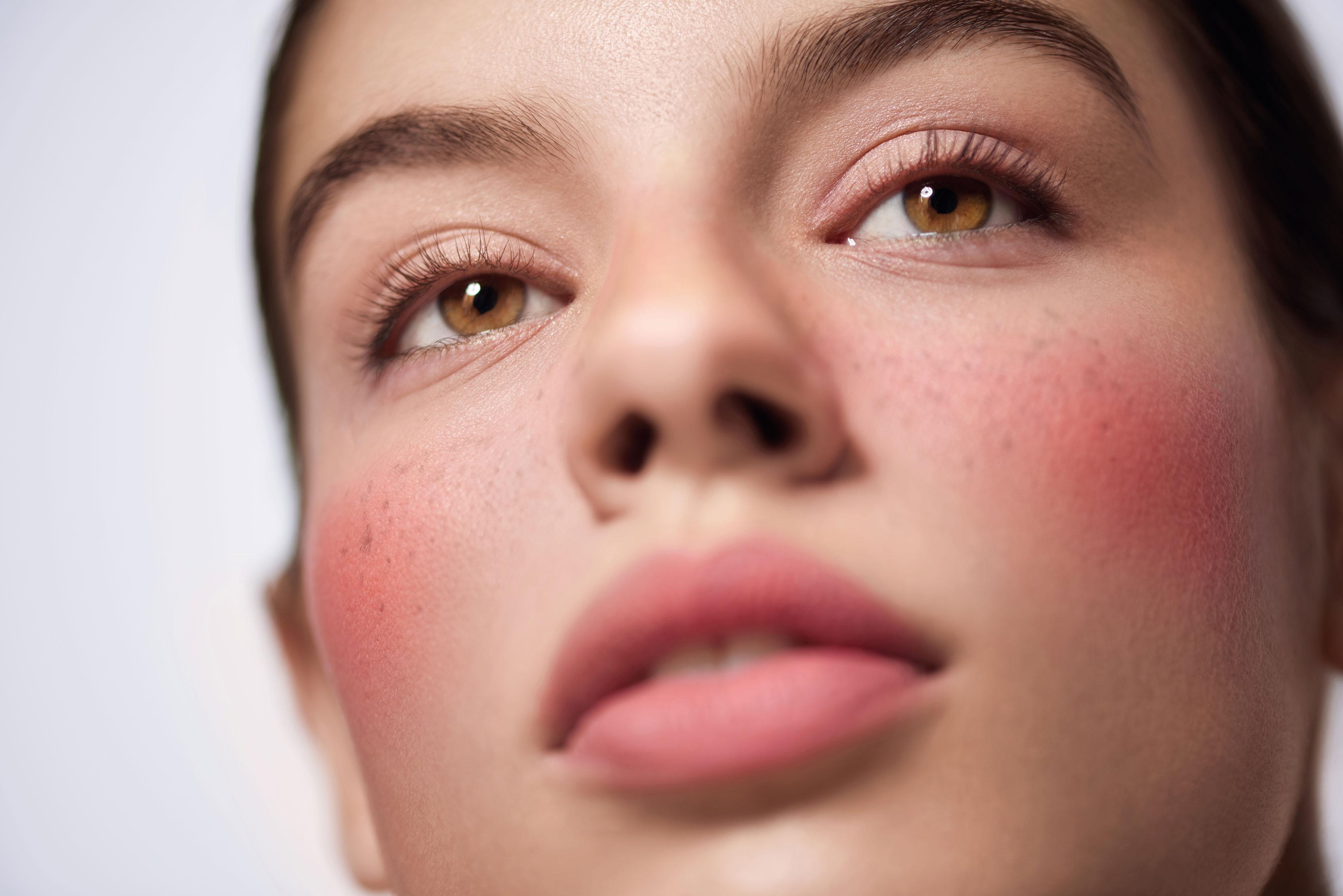 Beauty Shooting: El verano napolitano de Chanel - image 3 on https://www.vanidad.es