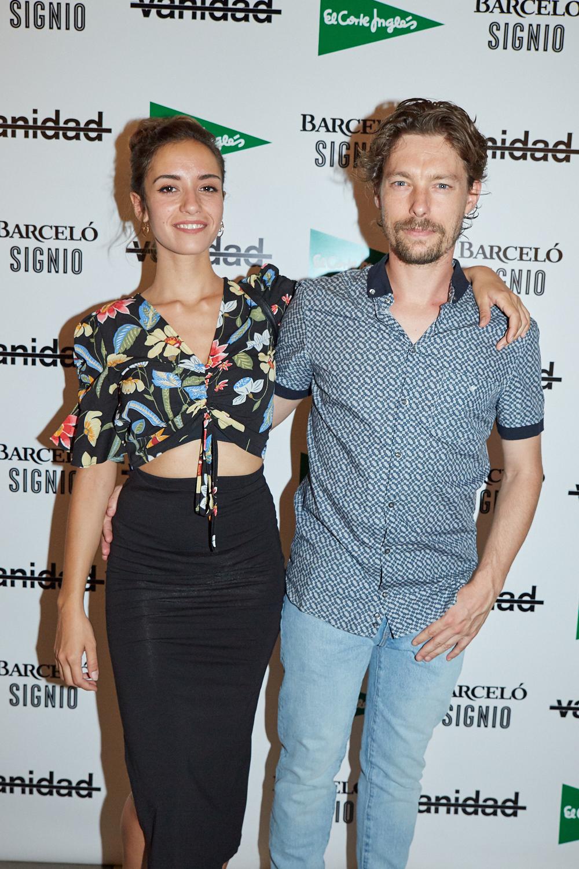 Jan Cornet y su novia