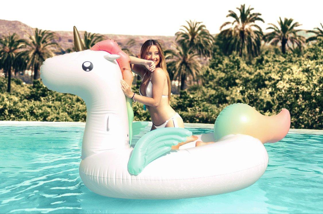 Querido unicornio, estos son los 5 flotadores que te sustituirán este verano 2018 - image flotadores_4 on https://www.vanidad.es
