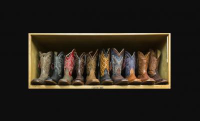 Buceando en la tendencia oculta... lentejuelas - image botas-cowboy-portada-ok-400x242 on https://www.vanidad.es