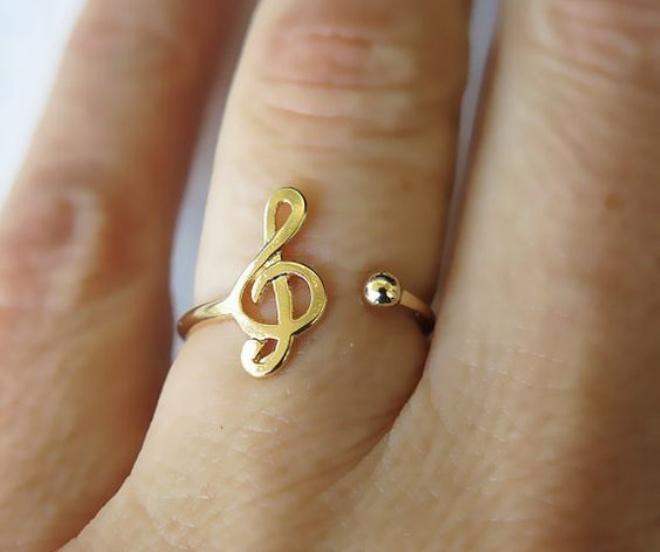 Seas como seas, hay un anillo perfecto para ti - image anillos_portada on https://www.vanidad.es