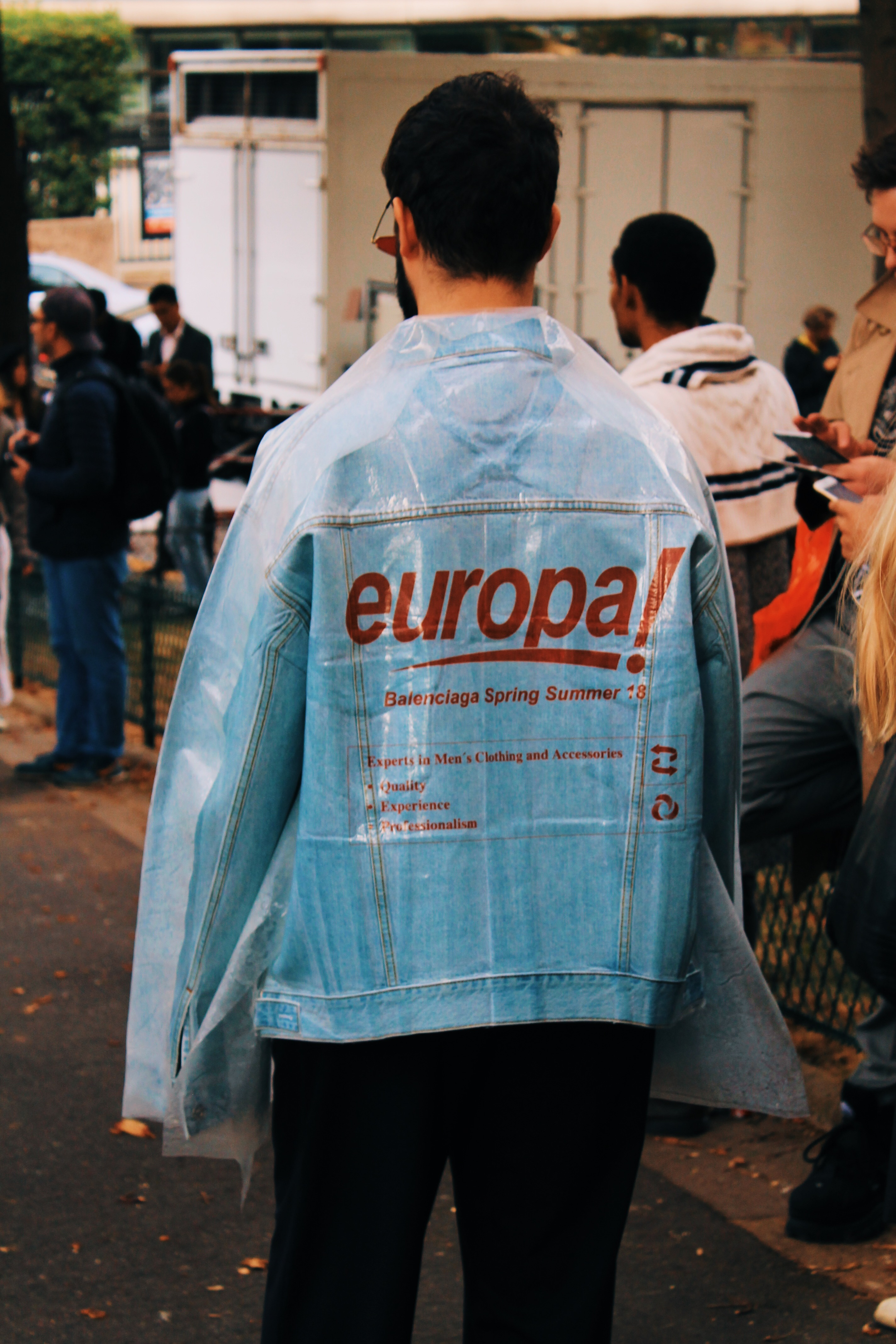 street style paris 2018 balenciaga